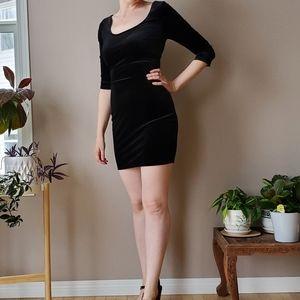 Material girl Black Velvet bodycon dress